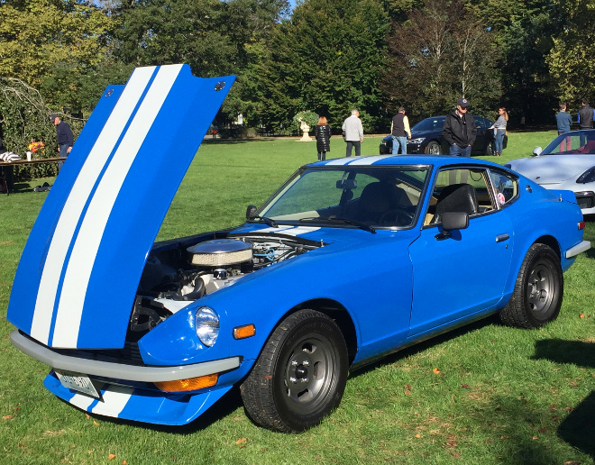 cars-and-coffee-newport-chevy-powered-datsun-z