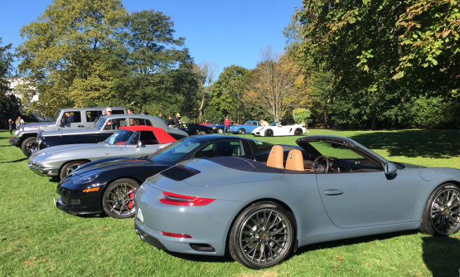 cars-and-coffee-newport-corvettes-and-porsches